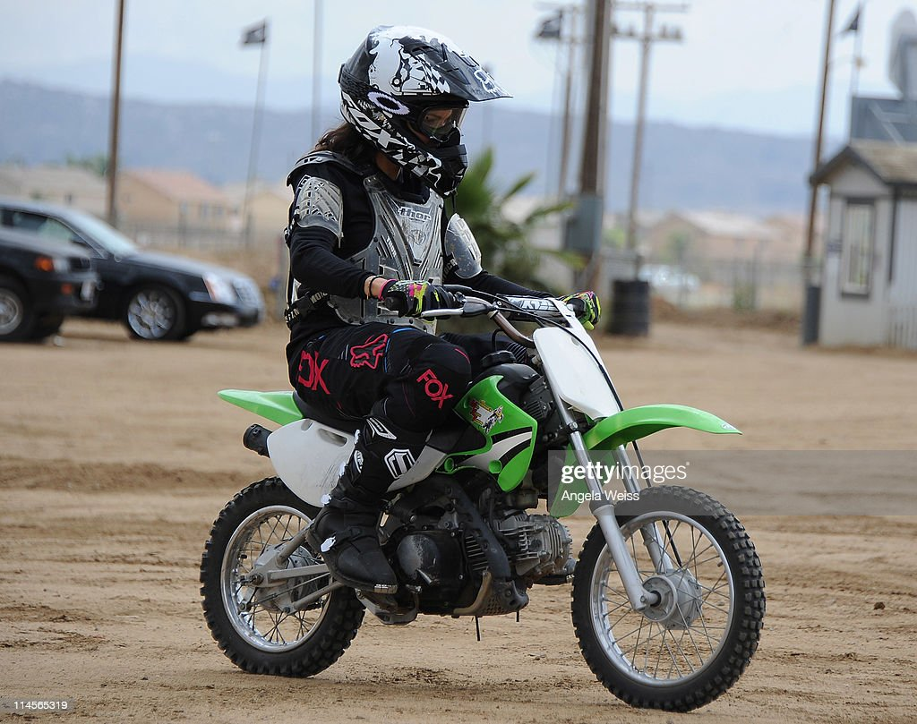 Actress <a gi-track='captionPersonalityLinkClicked' href=/galleries/search?phrase=Susie+Castillo&family=editorial&specificpeople=214256 ng-click='$event.stopPropagation()'>Susie Castillo</a> attends Oakley's Learn To Ride Motocross event at Stawest MX Track on May 23, 2011 in Lake Perris, California.