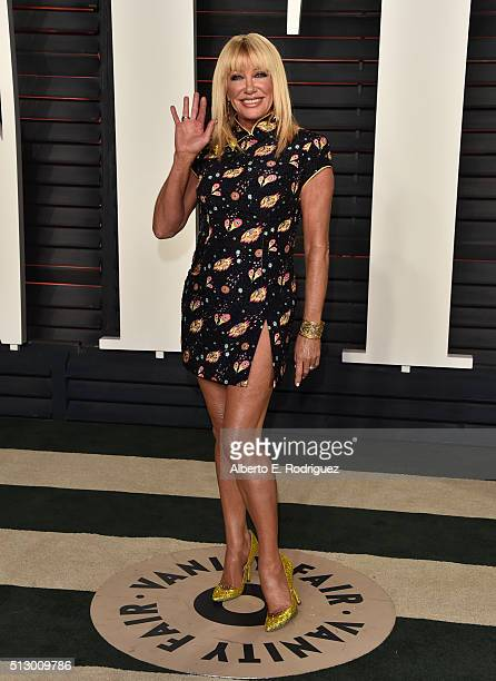 Actress Suzanne Somers attends the 2016 Vanity Fair Oscar Party hosted By Graydon Carter at Wallis Annenberg Center for the Performing Arts on...