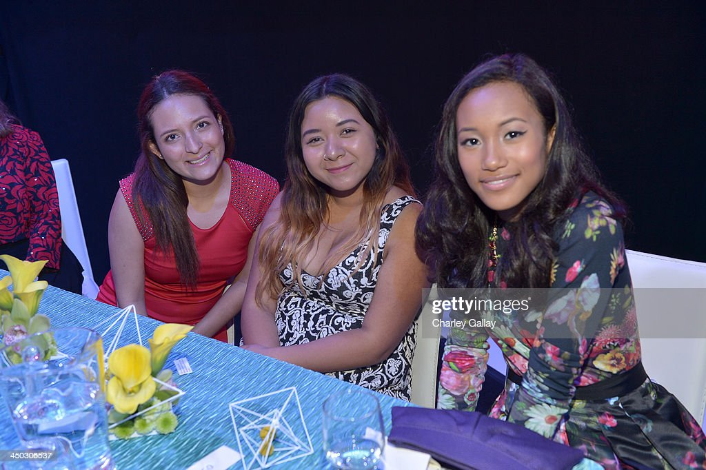 Actress Sydney Park (R) and guests attend the 5th Annual TeenNick HALO Awards at Hollywood Palladium on November 17, 2013 in Hollywood, California.