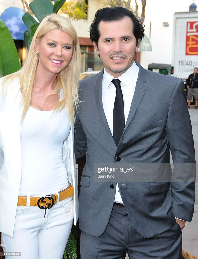 Actress Tara Reid and actor John Leguizamo attend the premiere of Netflix's 'Bloodline' at Landmark Regent Theatre on May 24, 2016 in Westwood, California.