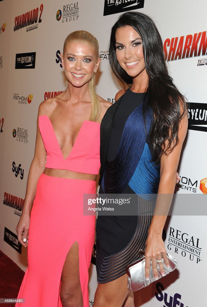 Actress <a gi-track='captionPersonalityLinkClicked' href=/galleries/search?phrase=Tara+Reid&family=editorial&specificpeople=202160 ng-click='$event.stopPropagation()'>Tara Reid</a> (L) and Lindsey Berman attend the premiere of The Asylum & Fathom Events' 'Sharknado 2: The Second One' at Regal Cinemas L.A. Live on August 21, 2014 in Los Angeles, California.