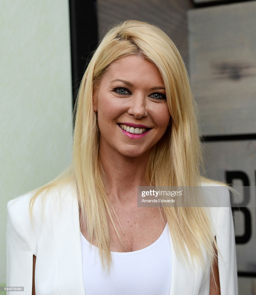Actress <a gi-track='captionPersonalityLinkClicked' href=/galleries/search?phrase=Tara+Reid&family=editorial&specificpeople=202160 ng-click='$event.stopPropagation()'>Tara Reid</a> arrives at the premiere of Netflix's 'Bloodline' at The Landmark Regent Theater on May 24, 2016 in Westwood, California.
