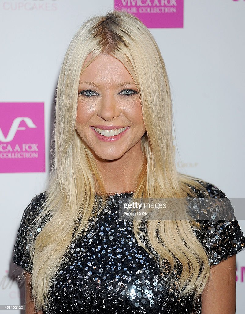 Actress <a gi-track='captionPersonalityLinkClicked' href=/galleries/search?phrase=Tara+Reid&family=editorial&specificpeople=202160 ng-click='$event.stopPropagation()'>Tara Reid</a> arrives at the Vivica A. Fox 50th Birthday party at Philippe Chow on August 2, 2014 in Beverly Hills, California.