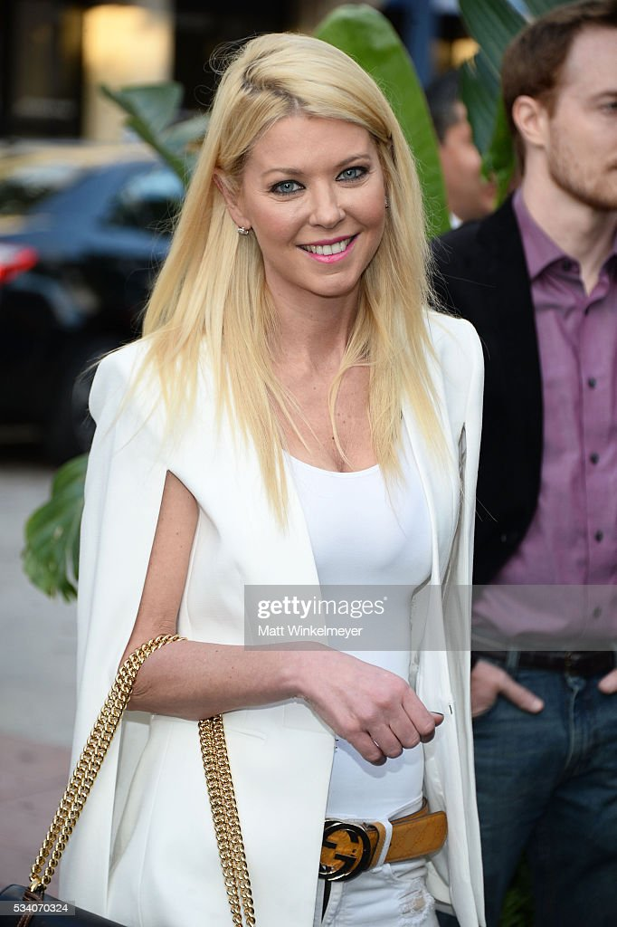 Actress <a gi-track='captionPersonalityLinkClicked' href=/galleries/search?phrase=Tara+Reid&family=editorial&specificpeople=202160 ng-click='$event.stopPropagation()'>Tara Reid</a> attends the Premiere of Netflix's 'Bloodline' at Westwood Village Theatre on May 24, 2016 in Westwood, California.
