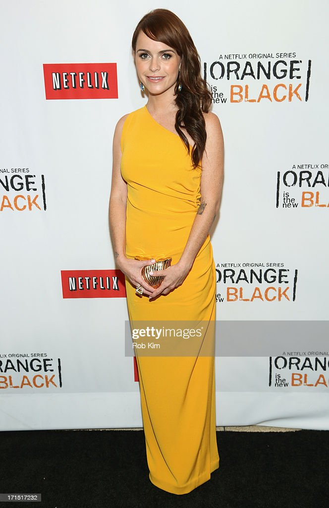Actress <a gi-track='captionPersonalityLinkClicked' href=/galleries/search?phrase=Taryn+Manning&family=editorial&specificpeople=202146 ng-click='$event.stopPropagation()'>Taryn Manning</a> attends 'Orange Is The New Black' New York Premiere at The New York Botanical Garden on June 25, 2013 in New York City.