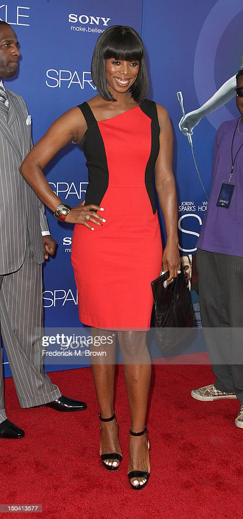 Actress Tasha Smith attends the Premiere Of Tri-Star Pictures' 'Sparkle' at Grauman's Chinese Theatre on August 16, 2012 in Hollywood, California.