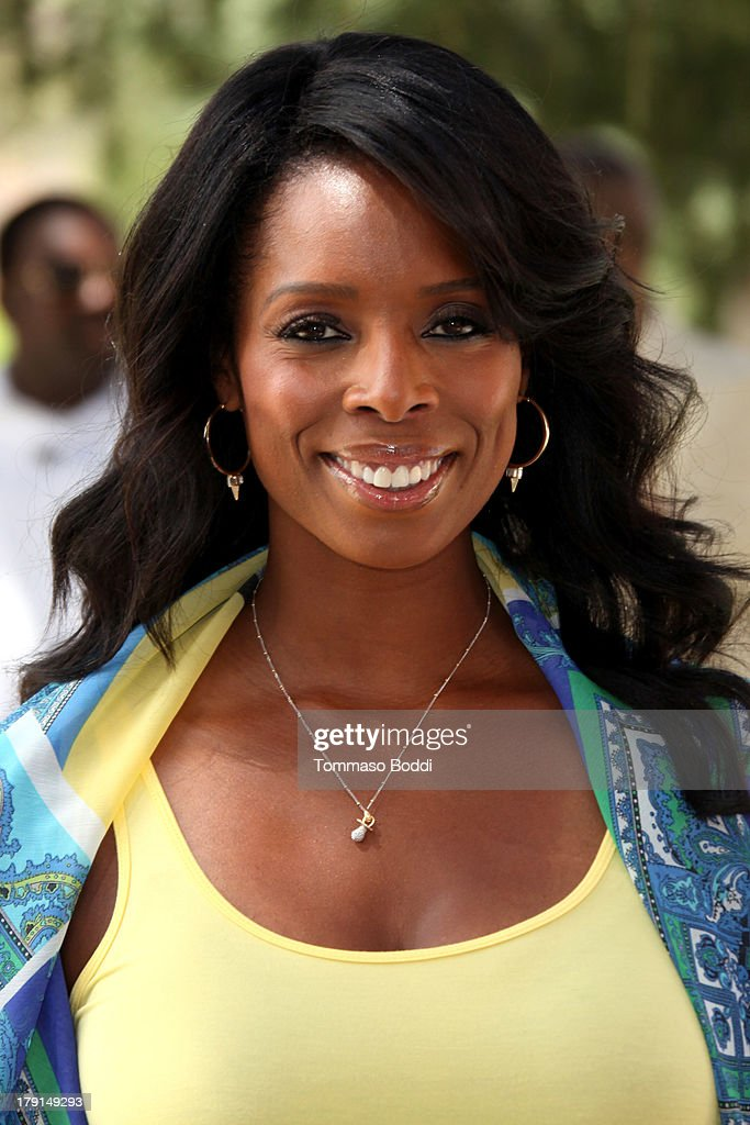Actress <a gi-track='captionPersonalityLinkClicked' href=/galleries/search?phrase=Tasha+Smith&family=editorial&specificpeople=712139 ng-click='$event.stopPropagation()'>Tasha Smith</a> attends the Reed For Hope Foundation's 11th annual 'Sunshine Beyond Summer' celebration on August 31, 2013 in Westlake Village, California.