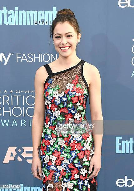 Actress Tatiana Maslany attends The 22nd Annual Critics' Choice Awards at Barker Hangar on December 11 2016 in Santa Monica California
