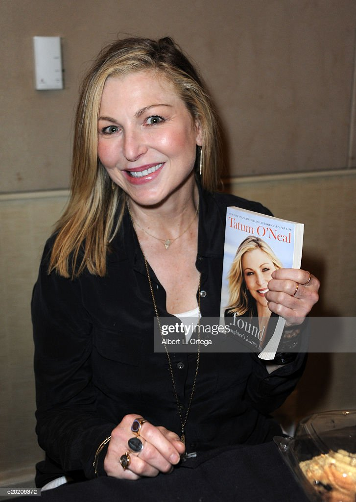 Actress Tatum O'Neal at the The Hollywood Show held at Westin LAX Hotel on April 9, 2016 in Los Angeles, California.