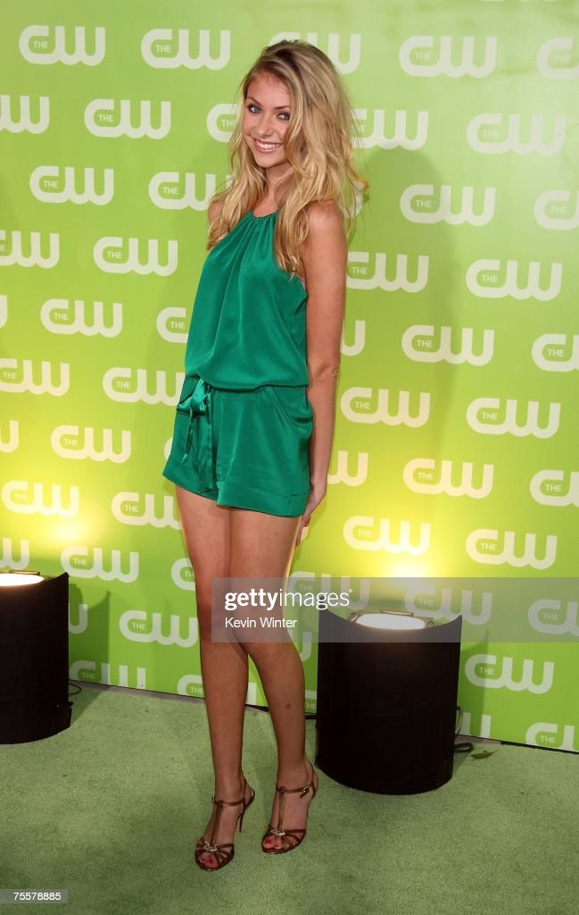 Actress Taylor Momsen arrives to the CW Television Critics Association Press Tour party at the Fountain Plaza at the Pacific Design Center on July 20, 2007 in West Hollywood, California.