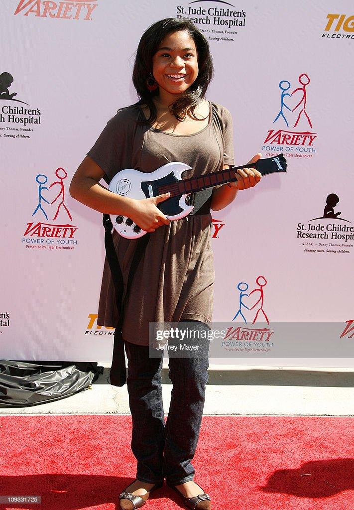 Taylor Parks Actress