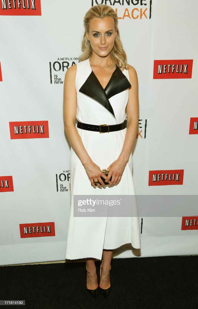 Actress <a gi-track='captionPersonalityLinkClicked' href=/galleries/search?phrase=Taylor+Schilling&family=editorial&specificpeople=5852086 ng-click='$event.stopPropagation()'>Taylor Schilling</a> attends 'Orange Is The New Black' New York Premiere at The New York Botanical Garden on June 25, 2013 in New York City.
