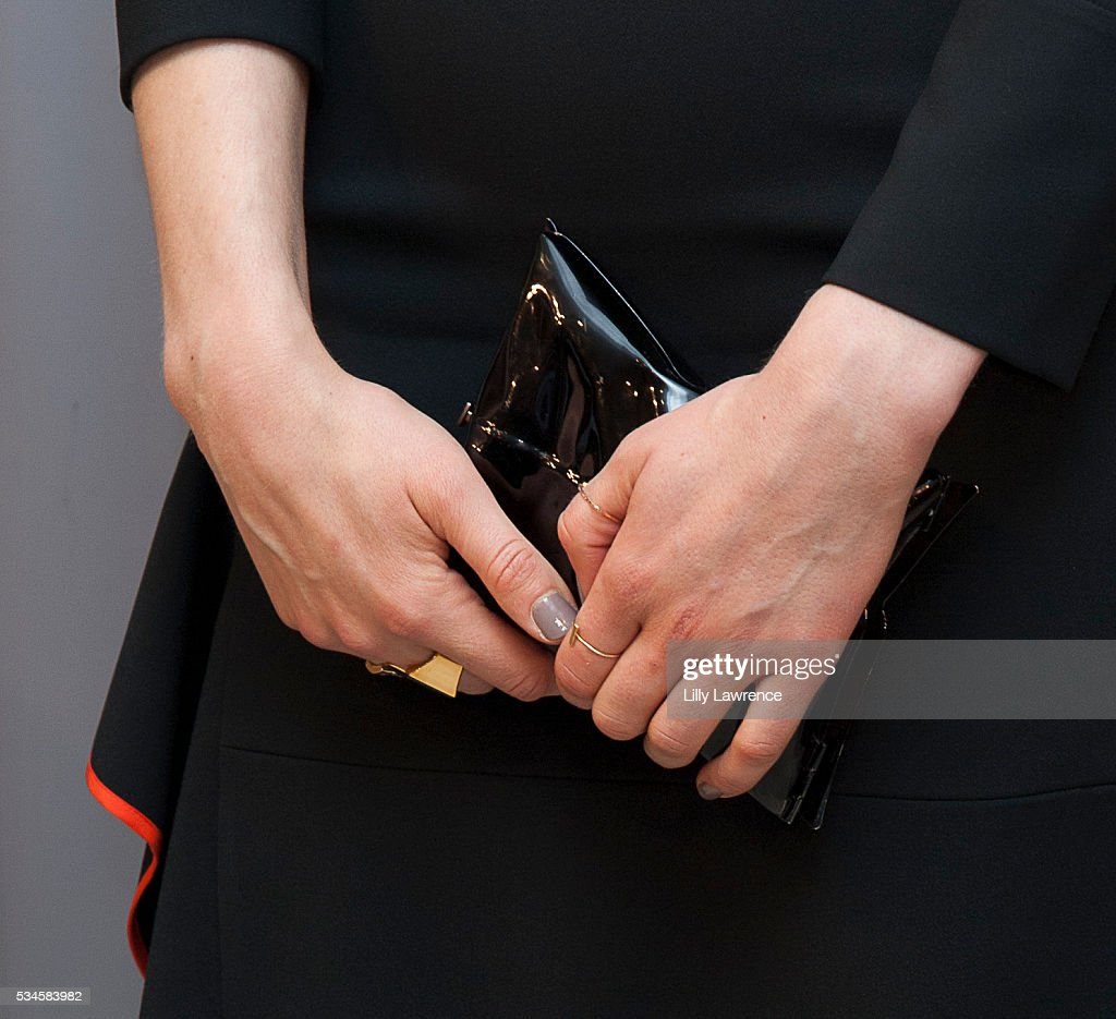 Actress <a gi-track='captionPersonalityLinkClicked' href=/galleries/search?phrase=Taylor+Schilling&family=editorial&specificpeople=5852086 ng-click='$event.stopPropagation()'>Taylor Schilling</a>, clutch detail, attends Paleylive
