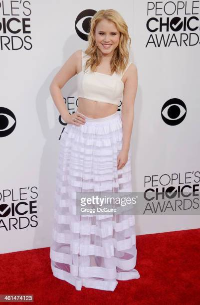 Actress Taylor Spreitler arrives at the 40th Annual People's Choice Awards at Nokia Theatre LA Live on January 8 2014 in Los Angeles California