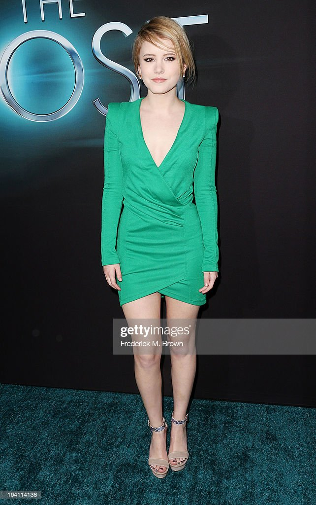 Actress Taylor Spreitler attends the Premiere of Open Roads Films 'The Host' at the ArcLight Cinemas Cinerama Dome on March 19, 2013 in Hollywood, California.