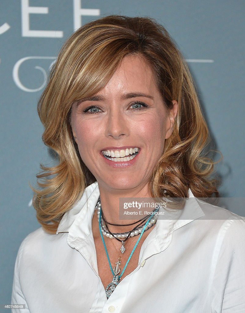 Actress Tea Leoni arrives to the 2014 UNICEF Ball Presented by Baccarat at the Regent Beverly Wilshire Hotel on January 14, 2014 in Beverly Hills, California.