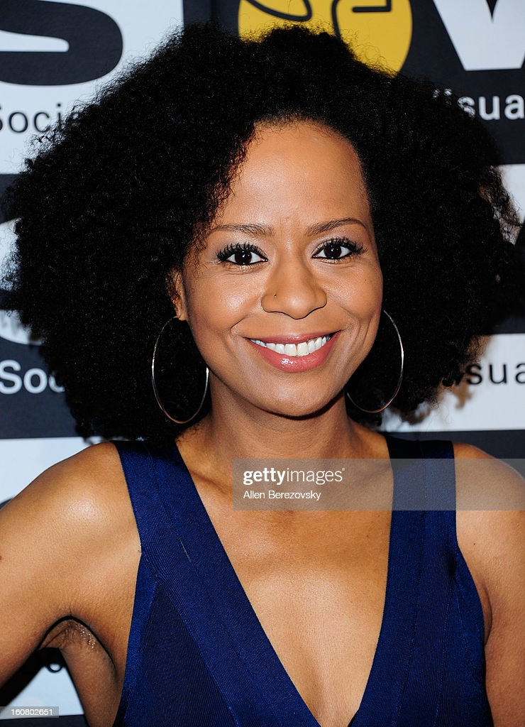 Actress <a gi-track='captionPersonalityLinkClicked' href=/galleries/search?phrase=Tempestt+Bledsoe&family=editorial&specificpeople=1064991 ng-click='$event.stopPropagation()'>Tempestt Bledsoe</a> arrives at the 2013 Visual Effects Society Awards at The Beverly Hilton Hotel on February 5, 2013 in Beverly Hills, California.