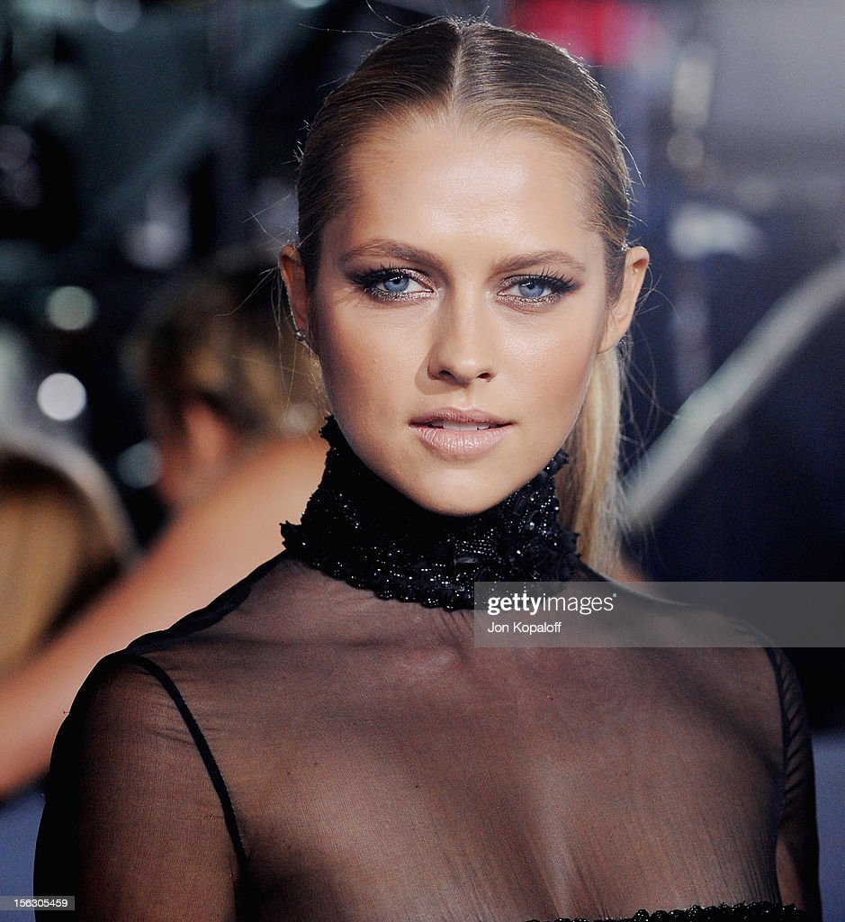 Actress Teresa Palmer arrives at the Los Angeles Premiere 'The Twilight Saga: Breaking Dawn - Part 2' at Nokia Theatre L.A. Live on November 12, 2012 in Los Angeles, California.