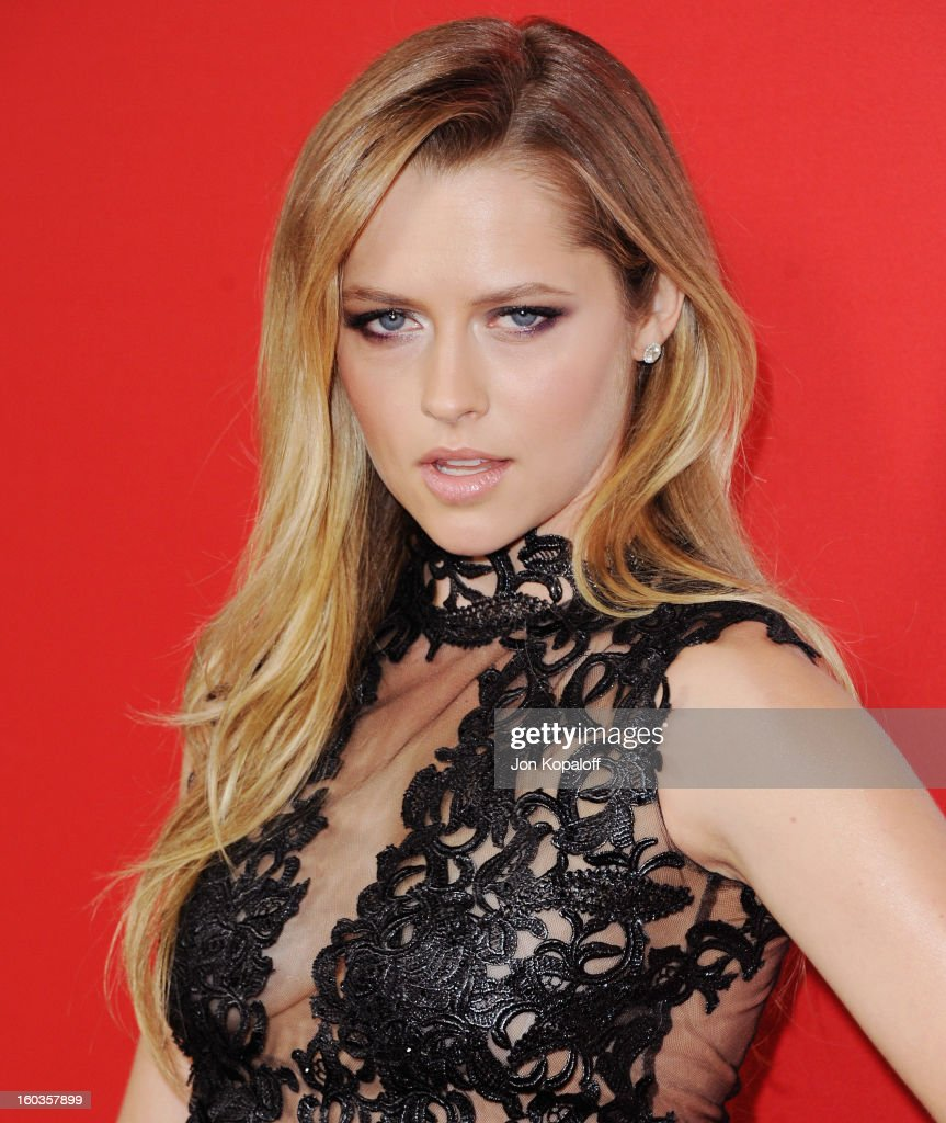 Actress Teresa Palmer arrives at the Los Angeles Premiere 'Warm Bodies' at ArcLight Cinemas Cinerama Dome on January 29, 2013 in Hollywood, California.