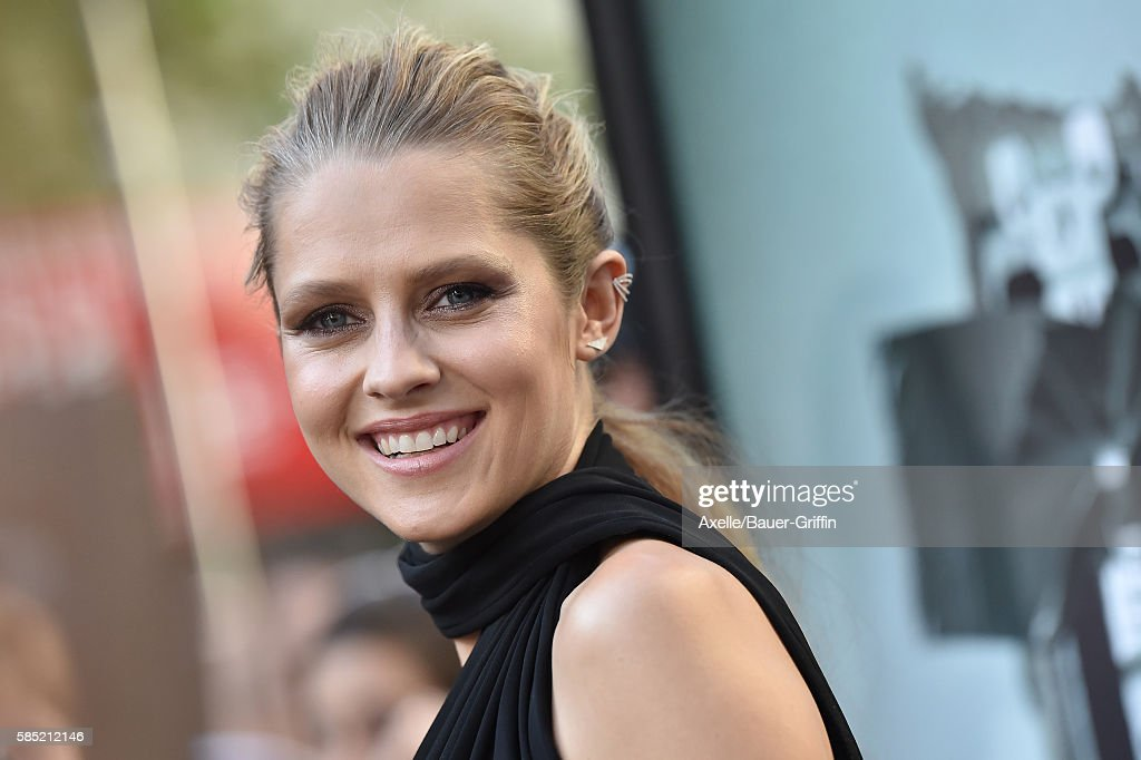 Actress Teresa Palmer arrives at the premiere of New Line Cinema's 'Lights Out' at TCL Chinese Theatre on July 19 2016 in Hollywood California