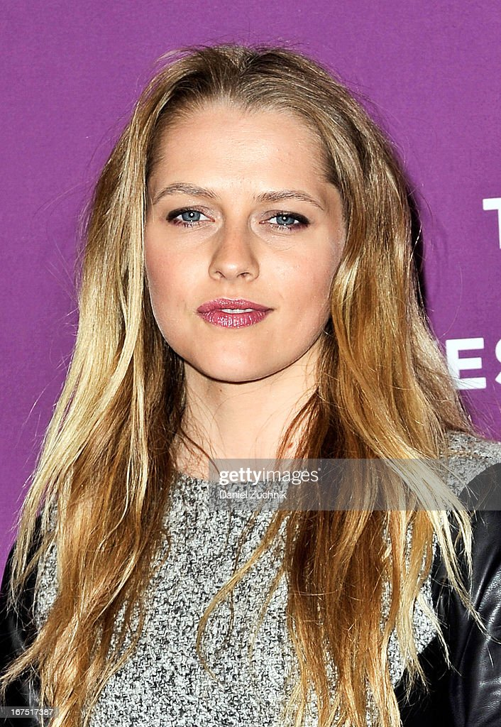 Actress <a gi-track='captionPersonalityLinkClicked' href=/galleries/search?phrase=Teresa+Palmer&family=editorial&specificpeople=612319 ng-click='$event.stopPropagation()'>Teresa Palmer</a> attends the premiere of 'The Motivation' during the 2013 Tribeca Film Festival at SVA Theater on April 25, 2013 in New York City.