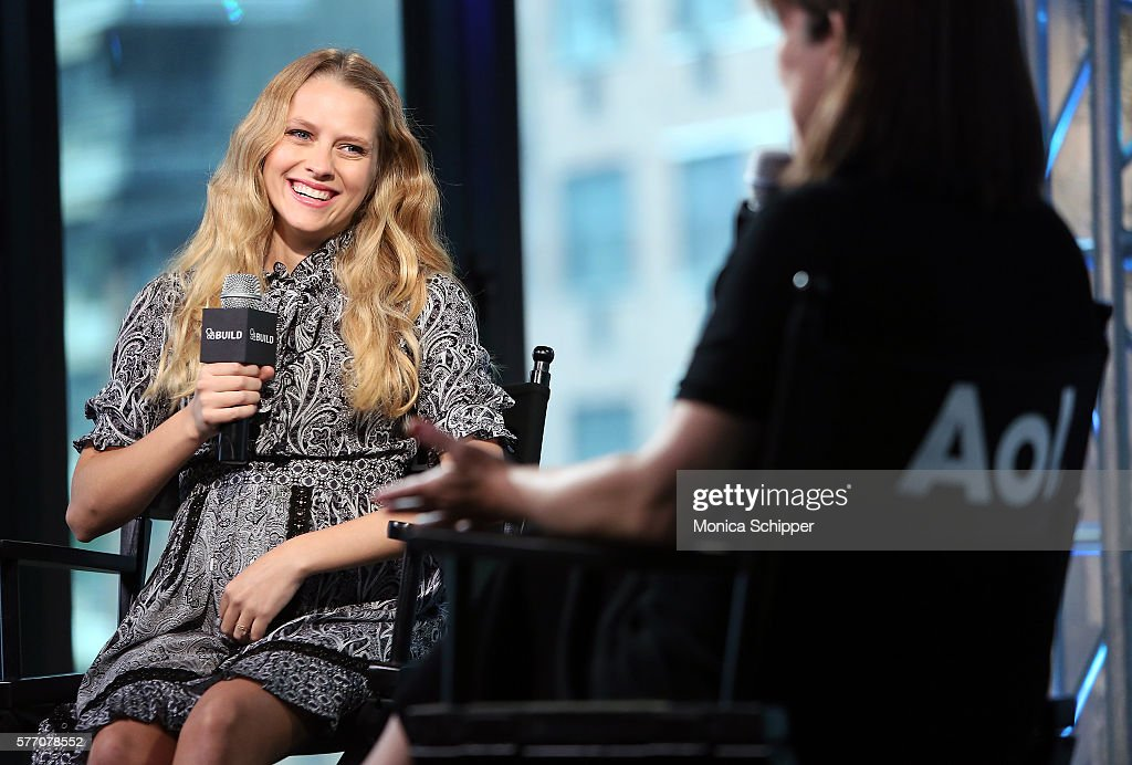 Actress Teresa Palmer (L) speaks with Donna Freydkin at AOL Build Speaker Series - Teresa Palmer, 'Lights Out' at AOL HQ on July 18, 2016 in New York City.