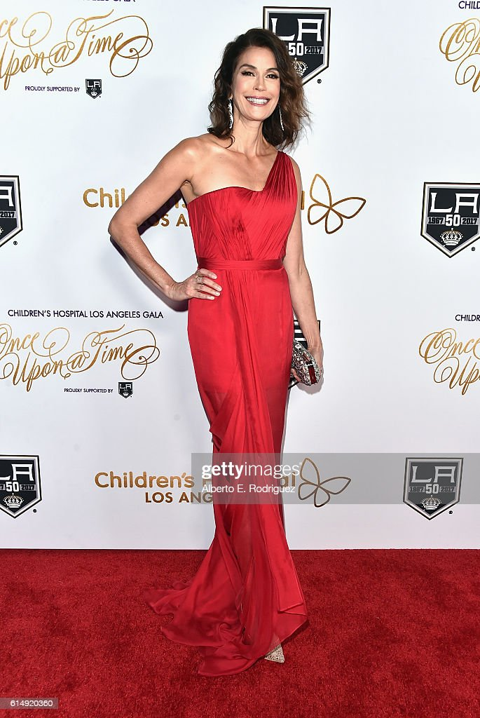 Actress Teri Hatcher attends the 2016 Children's Hospital Los Angeles 'Once Upon a Time' Gala at L.A. Live Event Deck on October 15, 2016 in Los Angeles, California.