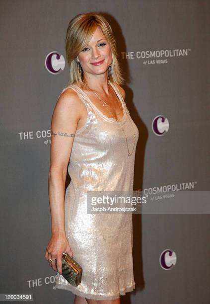 Actress Teri Polo arrives at The Cosmopolitan Grand Opening and New Year's Eve Celebration with JayZ and Coldplay at Marquee Nightclub in The...