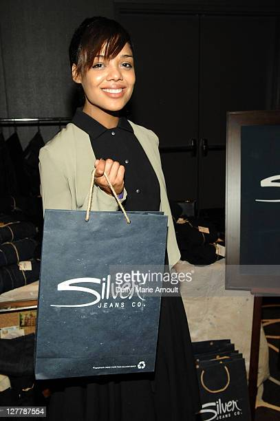 Actress Tessa Thompson poses with Silver Jeans Co during Kari Feinstein MTV Movie Awards Style Lounge at the W Hollywood on June 3 2011 in Hollywood...