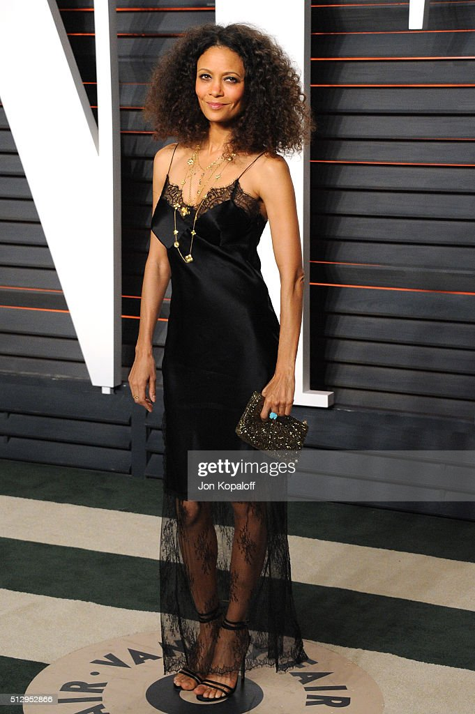 Actress Thandie Newton attends the 2016 Vanity Fair Oscar Party hosted By Graydon Carter at Wallis Annenberg Center for the Performing Arts on February 28, 2016 in Beverly Hills, California.