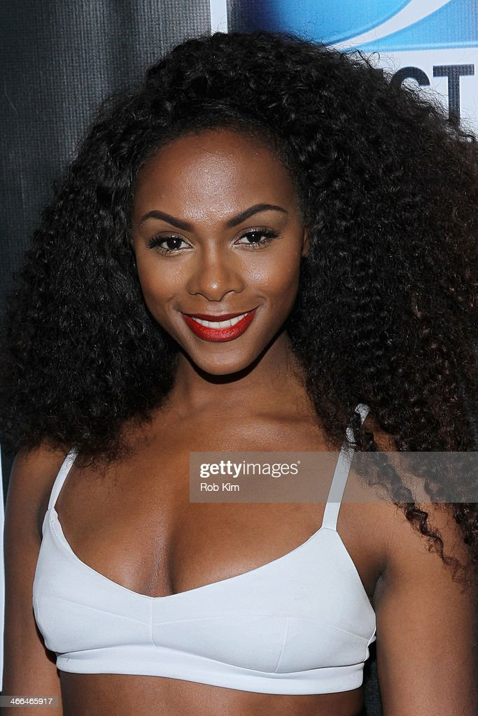 Actress Tika Sumpter attends the DirecTV Super Saturday Night at Pier 40 on February 1, 2014 in New York City.