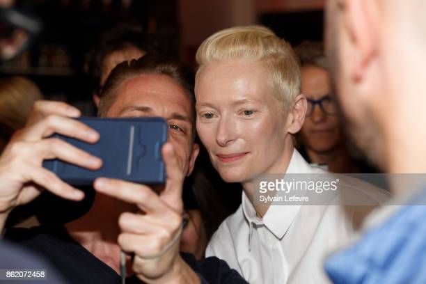 Actress Tilda Swinton meets fans after attending 'Welcome to Tilda Swinton' master class during 9th Film Festival Lumiere on October 16 2017 in Lyon...
