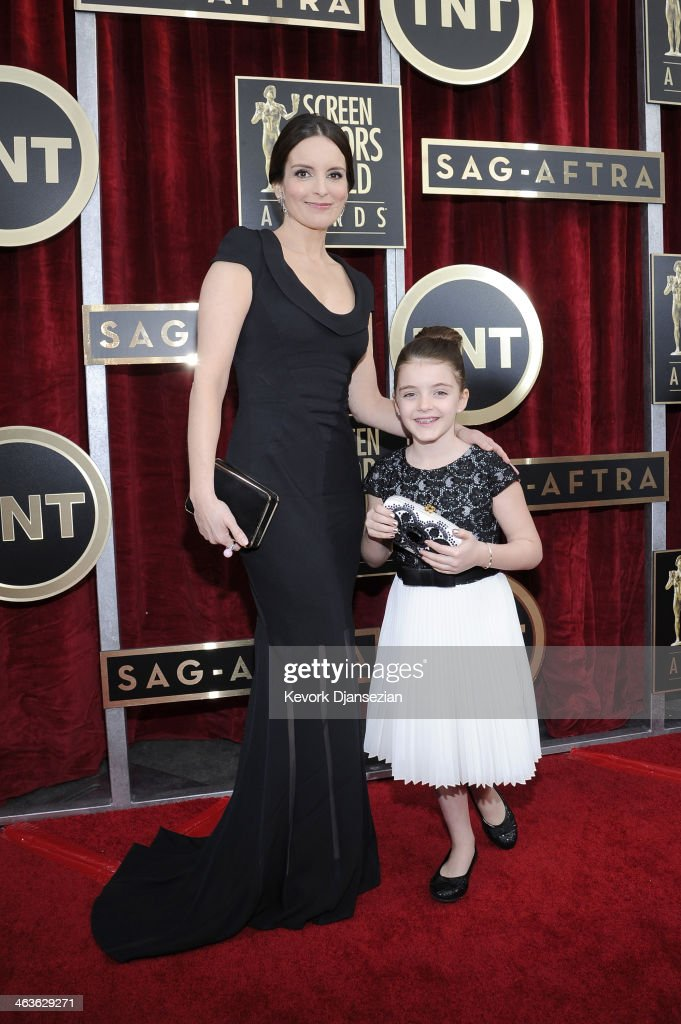 Actress <a gi-track='captionPersonalityLinkClicked' href=/galleries/search?phrase=Tina+Fey&family=editorial&specificpeople=206753 ng-click='$event.stopPropagation()'>Tina Fey</a> and daughter Alice Richmond attend the 20th Annual Screen Actors Guild Awards at The Shrine Auditorium on January 18, 2014 in Los Angeles, California.