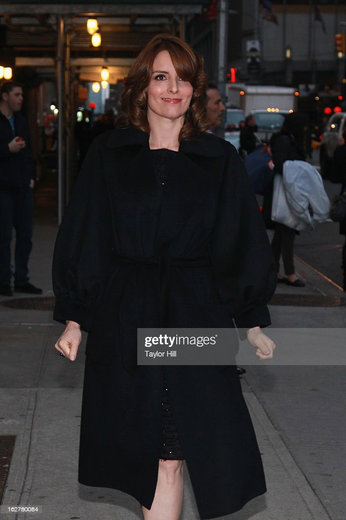 Actress <a gi-track='captionPersonalityLinkClicked' href=/galleries/search?phrase=Tina+Fey&family=editorial&specificpeople=206753 ng-click='$event.stopPropagation()'>Tina Fey</a> arrives at 'Late Show with David Letterman' at Ed Sullivan Theater on February 26, 2013 in New York City.