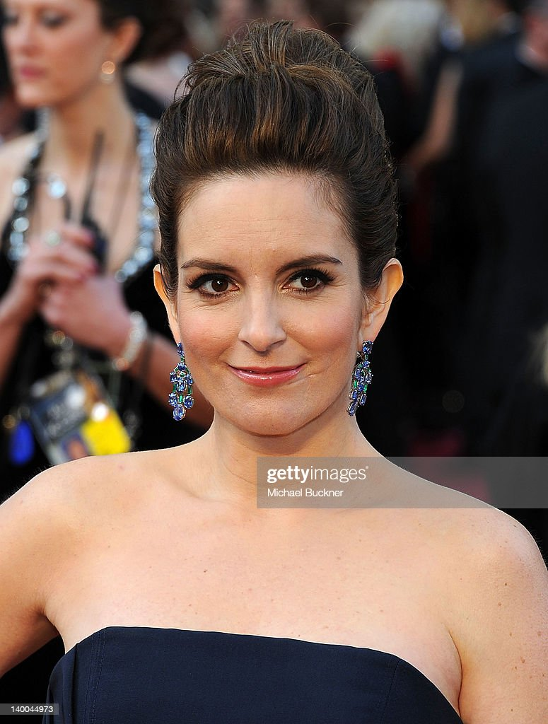 Actress Tina Fey arrives at the 84th Annual Academy Awards held at the Hollywood & Highland Center on February 26, 2012 in Hollywood, California.