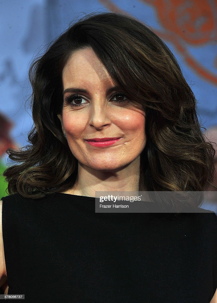Actress <a gi-track='captionPersonalityLinkClicked' href=/galleries/search?phrase=Tina+Fey&family=editorial&specificpeople=206753 ng-click='$event.stopPropagation()'>Tina Fey</a>, arrives at the premiere Of Disney's 'Muppets Most Wanted' at the El Capitan Theatre on March 11, 2014 in Hollywood, California.