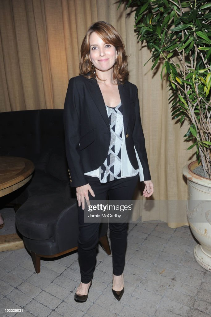 Actress <a gi-track='captionPersonalityLinkClicked' href=/galleries/search?phrase=Tina+Fey&family=editorial&specificpeople=206753 ng-click='$event.stopPropagation()'>Tina Fey</a> attends Entertainment Weekly and NBC's celebration of the final season of 30 Rock sponsored by Garnier Nutrisse on October 3, 2012 in New York City.