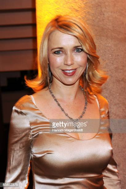 Actress Tina Ruland attends the ARD Dinner at the Hypo Forum on November 28 2008 in Munich Germany