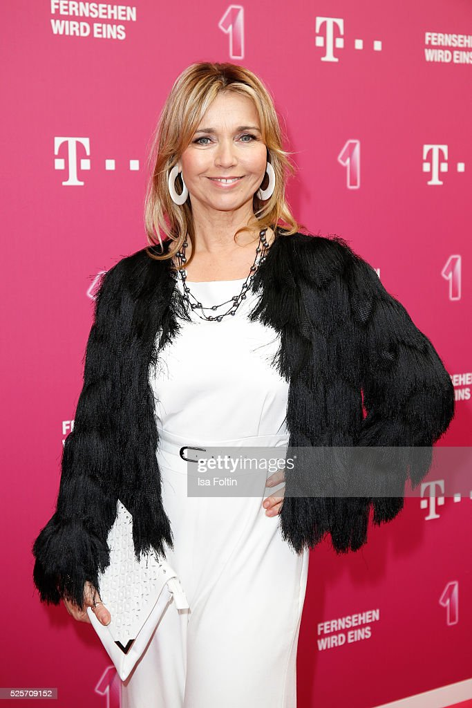 Actress <a gi-track='captionPersonalityLinkClicked' href=/galleries/search?phrase=Tina+Ruland&family=editorial&specificpeople=2214826 ng-click='$event.stopPropagation()'>Tina Ruland</a> attends the Telekom Entertain TV Night at Hotel Zoo on April 28, 2016 in Berlin, Germany.