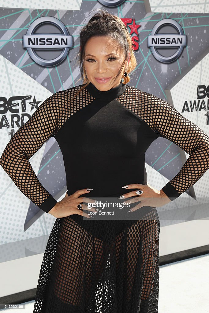 Actress <a gi-track='captionPersonalityLinkClicked' href=/galleries/search?phrase=Tisha+Campbell-Martin&family=editorial&specificpeople=241211 ng-click='$event.stopPropagation()'>Tisha Campbell-Martin</a> attends the Make A Wish VIP Experience at the 2016 BET Awards on June 26, 2016 in Los Angeles, California.