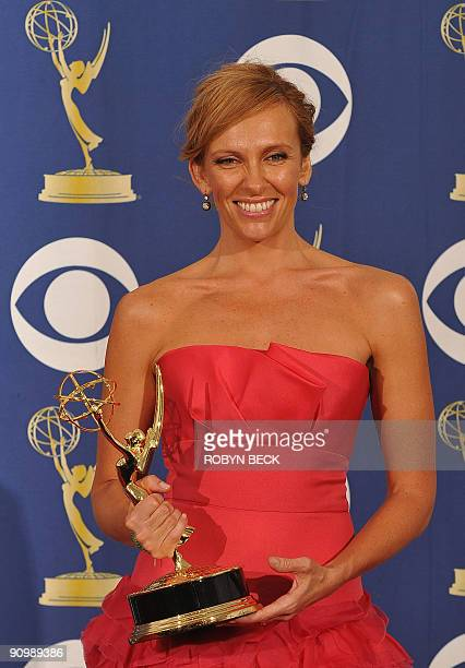 Actress Toni Collette from the TV show 'United States Of Tara' holds the Best Actress award for a Comedy Series in the press room during the 2009...