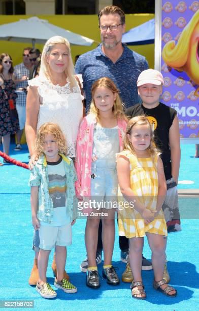 Actress Tori Spelling actor Dean McDermott and children Finn McDermott Liam McDermott Stella McDermott and Hattie McDermott attend the premiere of...