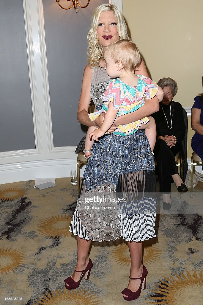 Actress <a gi-track='captionPersonalityLinkClicked' href=/galleries/search?phrase=Tori+Spelling&family=editorial&specificpeople=202560 ng-click='$event.stopPropagation()'>Tori Spelling</a> and daughter Hattie Margaret McDermott arrive at The Helping Hand of Los Angeles annual mother's day luncheon at Beverly Hills Hotel on May 10, 2013 in Beverly Hills, California.