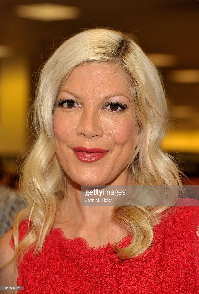Actress Tori Spelling attends the book signing for her new book at the Barnes & Noble bookstore at The Grove on November 9, 2013 in Los Angeles, California.
