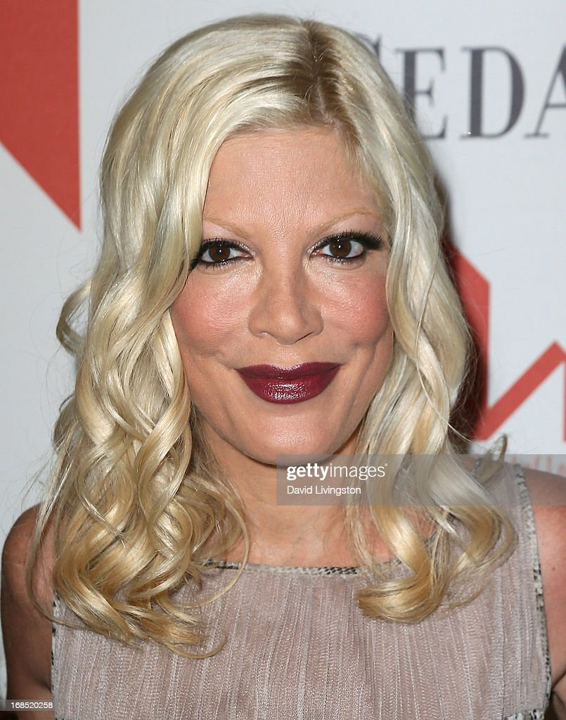 Actress <a gi-track='captionPersonalityLinkClicked' href=/galleries/search?phrase=Tori+Spelling&family=editorial&specificpeople=202560 ng-click='$event.stopPropagation()'>Tori Spelling</a> attends The Helping Hand of Los Angeles' Annual Mother's Day Luncheon at the Beverly Hills Hotel on May 10, 2013 in Beverly Hills, California.