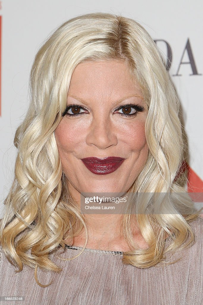 Actress <a gi-track='captionPersonalityLinkClicked' href=/galleries/search?phrase=Tori+Spelling&family=editorial&specificpeople=202560 ng-click='$event.stopPropagation()'>Tori Spelling</a> attends The Helping Hand of Los Angeles annual mother's day luncheon at Beverly Hills Hotel on May 10, 2013 in Beverly Hills, California.