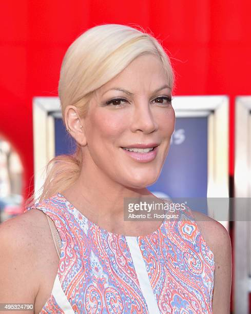 Actress Tori Spelling attends the premiere of 20th Century Fox's 'The Peanuts Movie' at The Regency Village Theatre on November 1 2015 in Westwood...