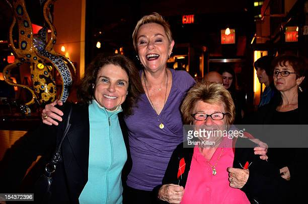 Actress Tovah Feldshuh Cheryl Cohen Greene and Dr Ruth Westheimer attend the 'The Sessions' New York Screening dinner at Circo on October 18 2012 in...