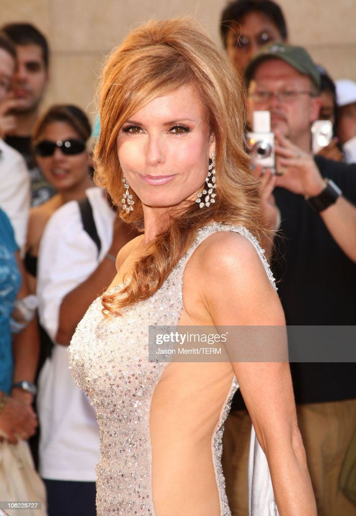 Actress Tracey Bregman arrives to The 35th Annual Daytime Emmy Awards at the Kodak Theatre on June 20, 2008 in Los Angeles, California.