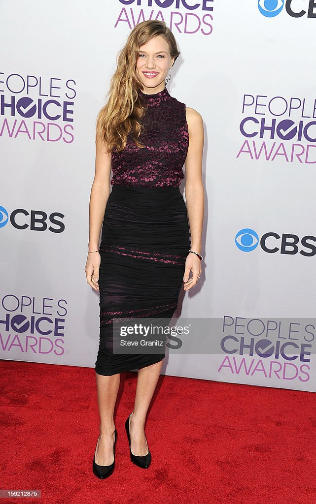 Actress Tracy Spiridakos attends the 2013 People's Choice Awards at Nokia Theatre L.A. Live on January 9, 2013 in Los Angeles, California.